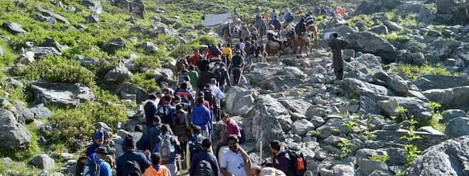 Amarnath yatra: Record 2 lakh pilgrims pay obeisance in 16 days