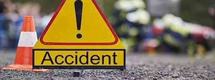 Five killed as car rams into stationary lorry