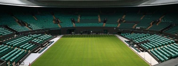 New Wimbledon roof used for first time