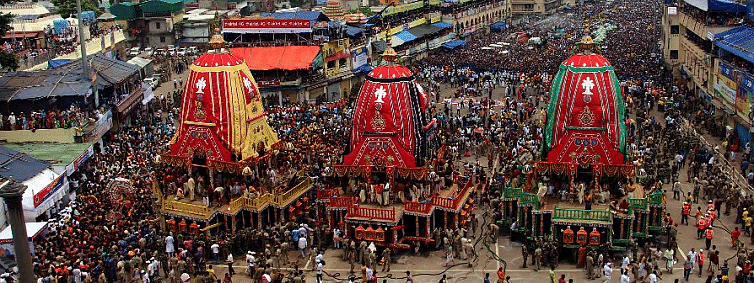 Grand road in Puri turns into Ocean of human as Lords begin their nine-day sojourn