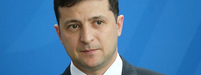 Ukraine: Zelensky aims to bolster power in parliamentary polls