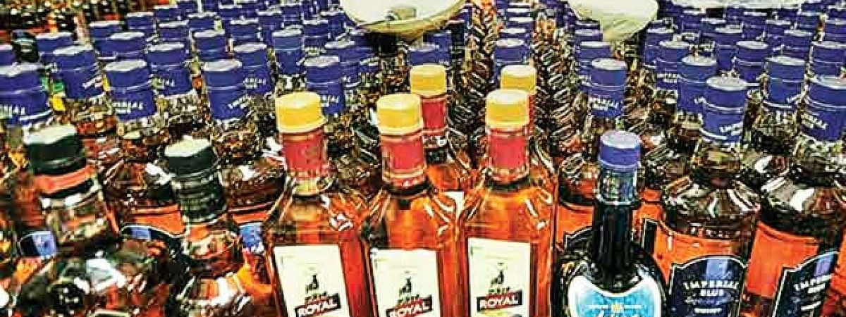 Huge quantity of liquor seized, five held in Bihar