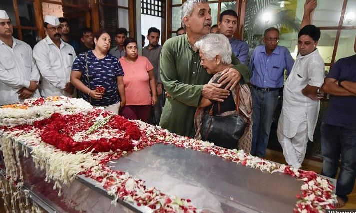 Sheila Dikshit to be cremated at 3pm today