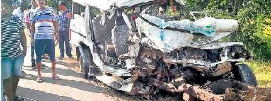 13 killed in two accidents