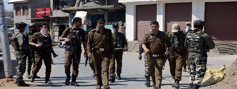Soldier killed, another injured in Shopian militant attack