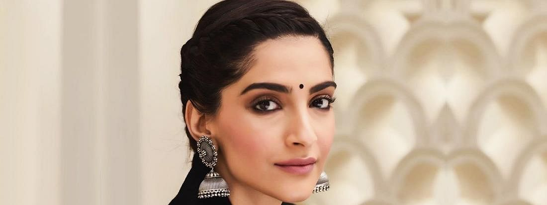 Sonam Kapoor trolled for her comments on Kashmir issue