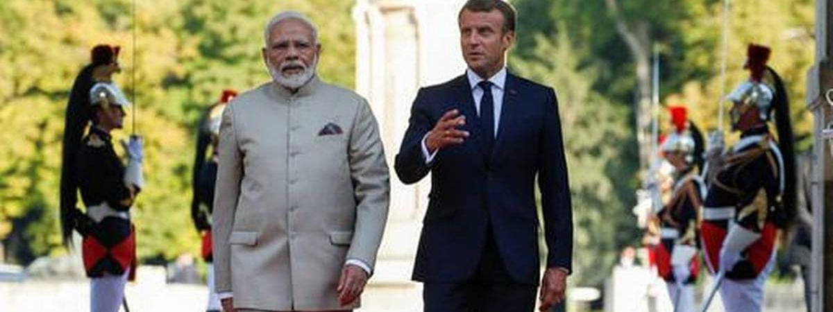 Modi gets French Prez support – 'no third party should incite violence in Kashmir'
