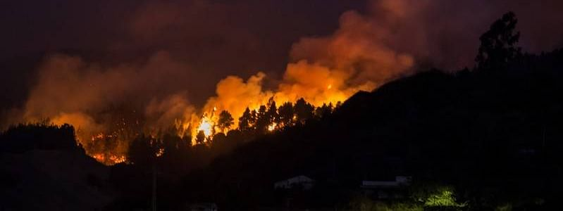 8,000 people evacuated after wildfire rage in Spain