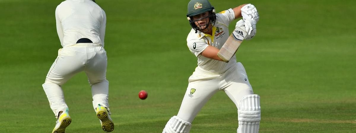 Ashes: England gets a early advantage against Aussies