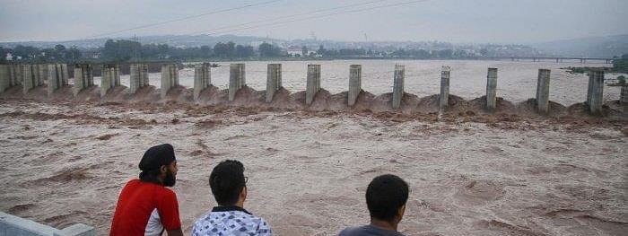 J&K police constable, civilian rescue man from flash floods in River Tawi
