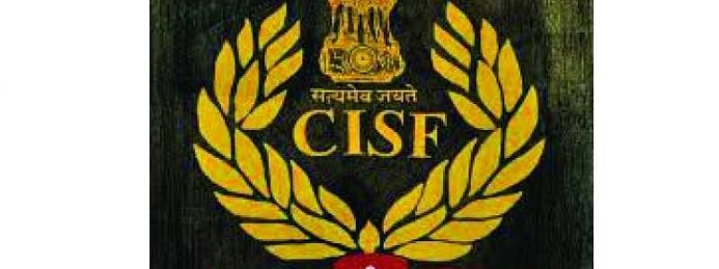 CISF restores bag containing cash Rs 3.65 lakh to right owner