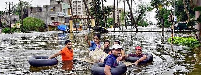 Floods create havoc in two AP districts, girl dies as boat capsizes