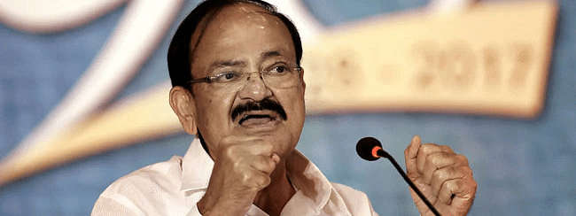 Naidu quotes Nehru on Article 370