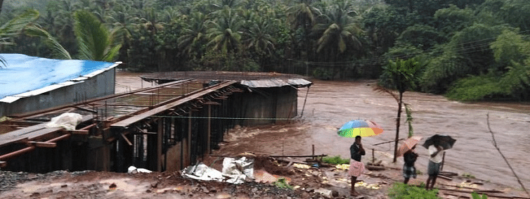 Amit Shah promises liberal aid to flood-hit Kerala: Governor