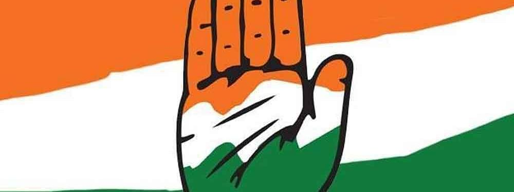 Cong hits out at Govt, demands to declare financial emergency