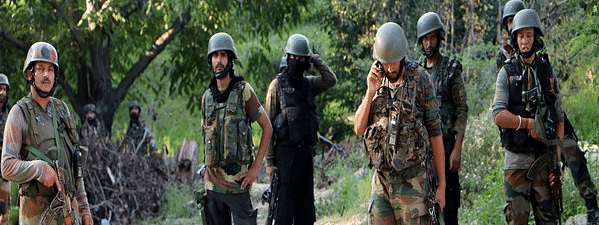 8,000 more troops moved to Kashmir