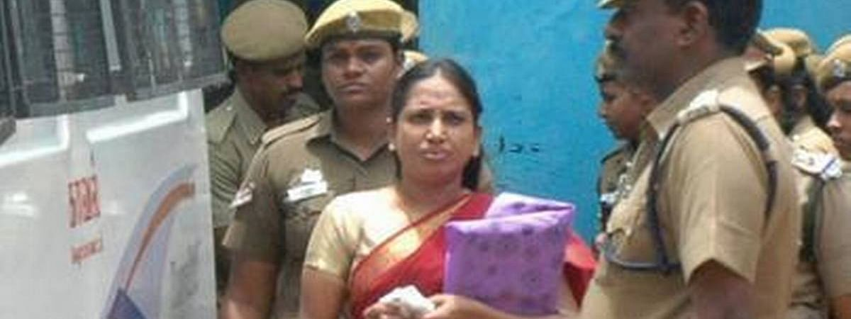 HC dismisses Nalini's plea for release of 7 life convicts in Rajiv assassination case