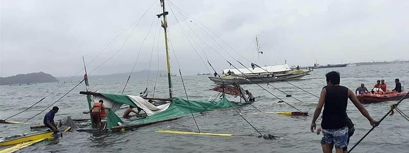Toll rises to 25 in Philippines boat tragedy