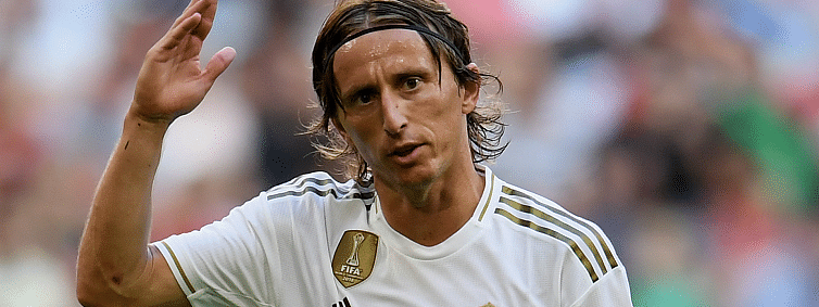 Modric injury adds to Real Madrid's problems