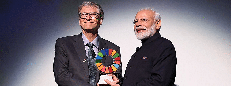 Sanitation work a 'difficult issue', says Bill Gates after conferring award to Modi