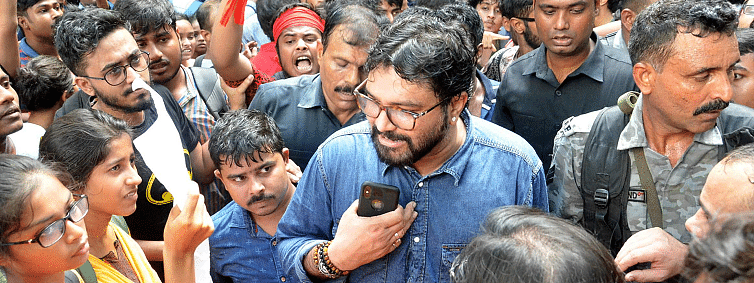 Supriyo heckled: 'More to it' than what meets the eyes, say Bengal BJP leaders