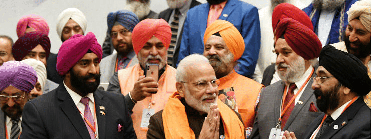 Kashmiri Pandits back Modi on abrogation of Art 370, Sikhs call him 'tiger'