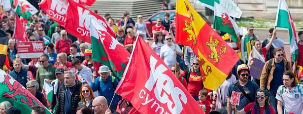 Welsh independence rally draws thousands