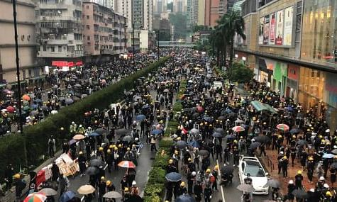 Protesters to choke travel routes in Hong Kong; flight disruptions likely