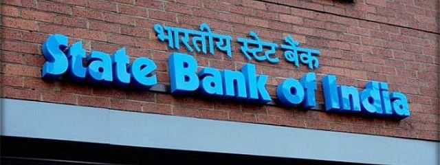 SBI tumbles down by 7.37 pc to Rs 280.15