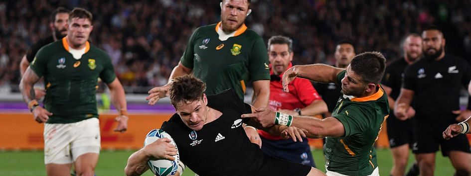 New Zealand beat S Africa 23-13 in Rugby World Cup