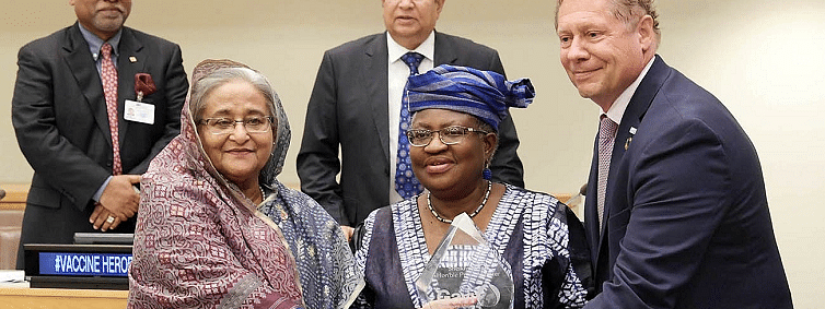 Sheikh Hasina conferred with vaccine hero award