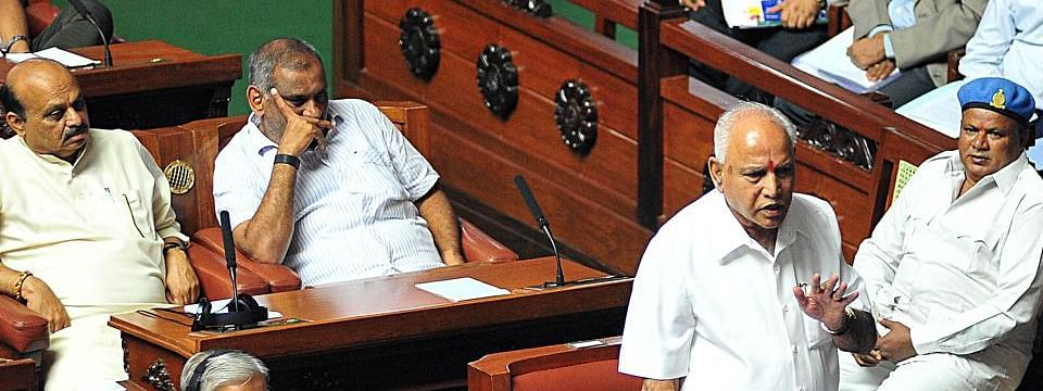 Karnataka : Cabinet cuts shot Winter session for three days due to by-elections