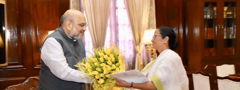 Mamata meets Amit Shah, discusses NRC issue