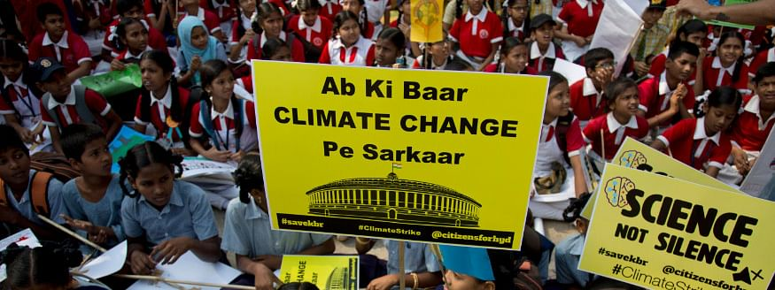 Climate change: Thousands protest in capital