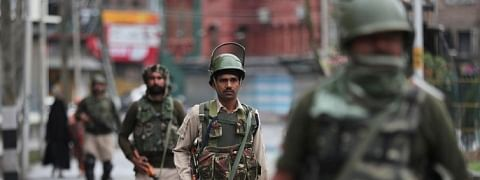 People continue to suffer, as gag on communication in Kashmir