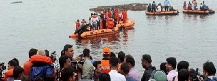 Death toll tourist Boat tragedy in  river Godavari goes up to 12