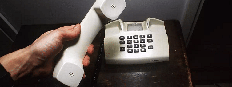 Gag on communication continues though 100 pc landlines restored in Kashmir