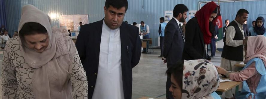 Blast to disrupt Afghan elections
