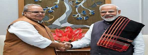Outgoing J&K Governor meets Modi