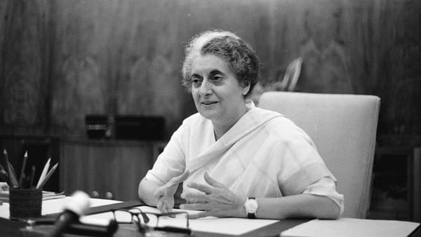 Tributes paid to Indira on her 35th death anniversary
