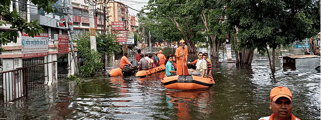 Heaviest monsoon in 25 years claims 1,600 lives
