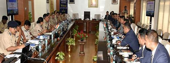Nepal Armed Police Force discusses training & security aspects with CISF