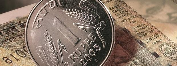 Rupee opens flat at 70.92 against USD