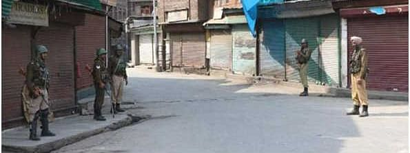 Situation tense, life remains crippled in Kashmir since August 5