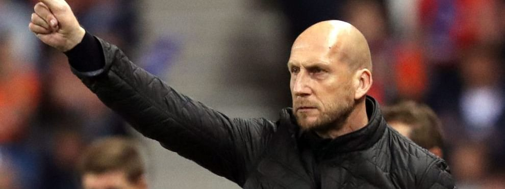 Stam steps down as coach of Feyenoord