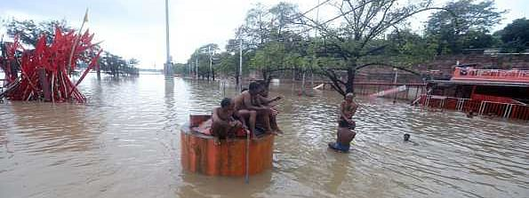 More rainfall to lash UP, 114 dead