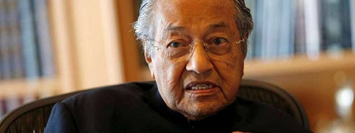 Mahathir stands by anti-India remark on Kashmir