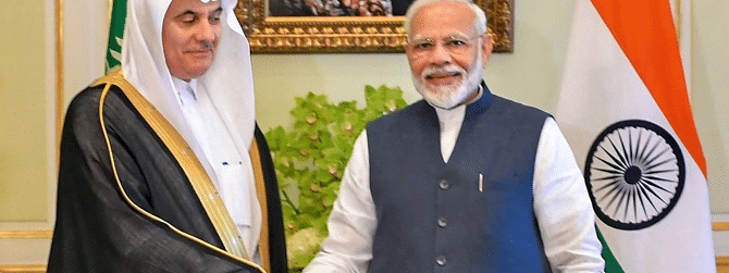 PM Modi meets Saudi Ministers, discusses measures to boost ties