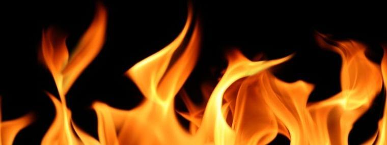 Godown collapses in fire in Thane