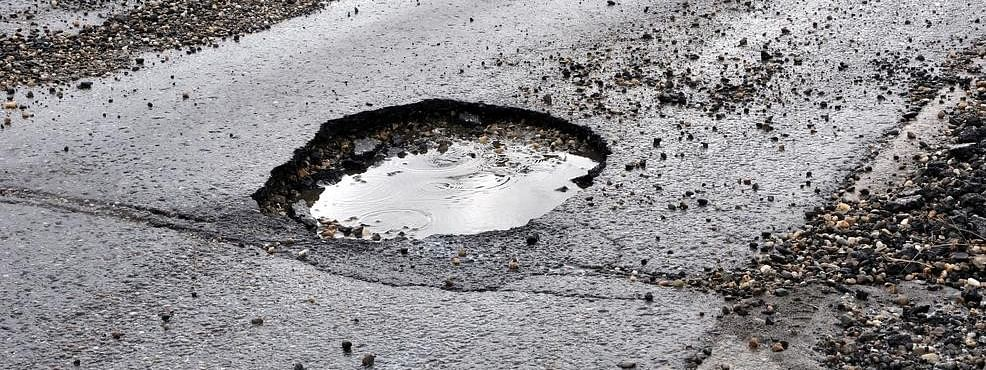 Pothole claims man's life